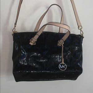 ⭐️Like New⭐️ Michael Kors Patent Leather Crossbody